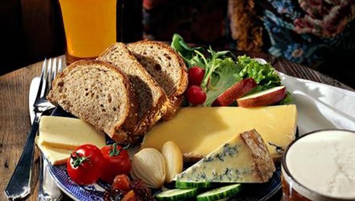 Ploughman's Lunch อาหาร อังกฤษ